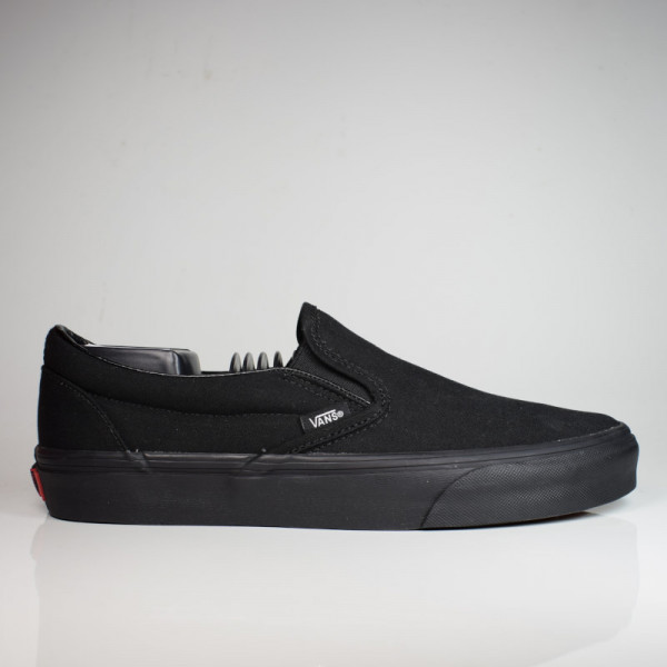 VANS CLASSIC SLIP-ON BLACK/BLACK VN000EYEBKA1
