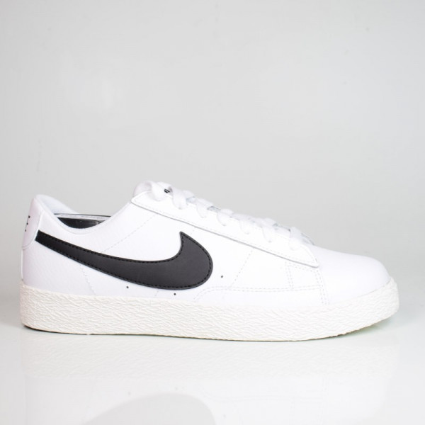 NIKE BLAZER LOW GS WHITE/BLACK-SAIL CZ7106-101