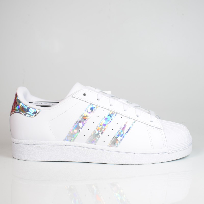 Interpretación Mucama Prestigioso  ADIDAS SUPERSTAR J CLOUD WHITE F33889